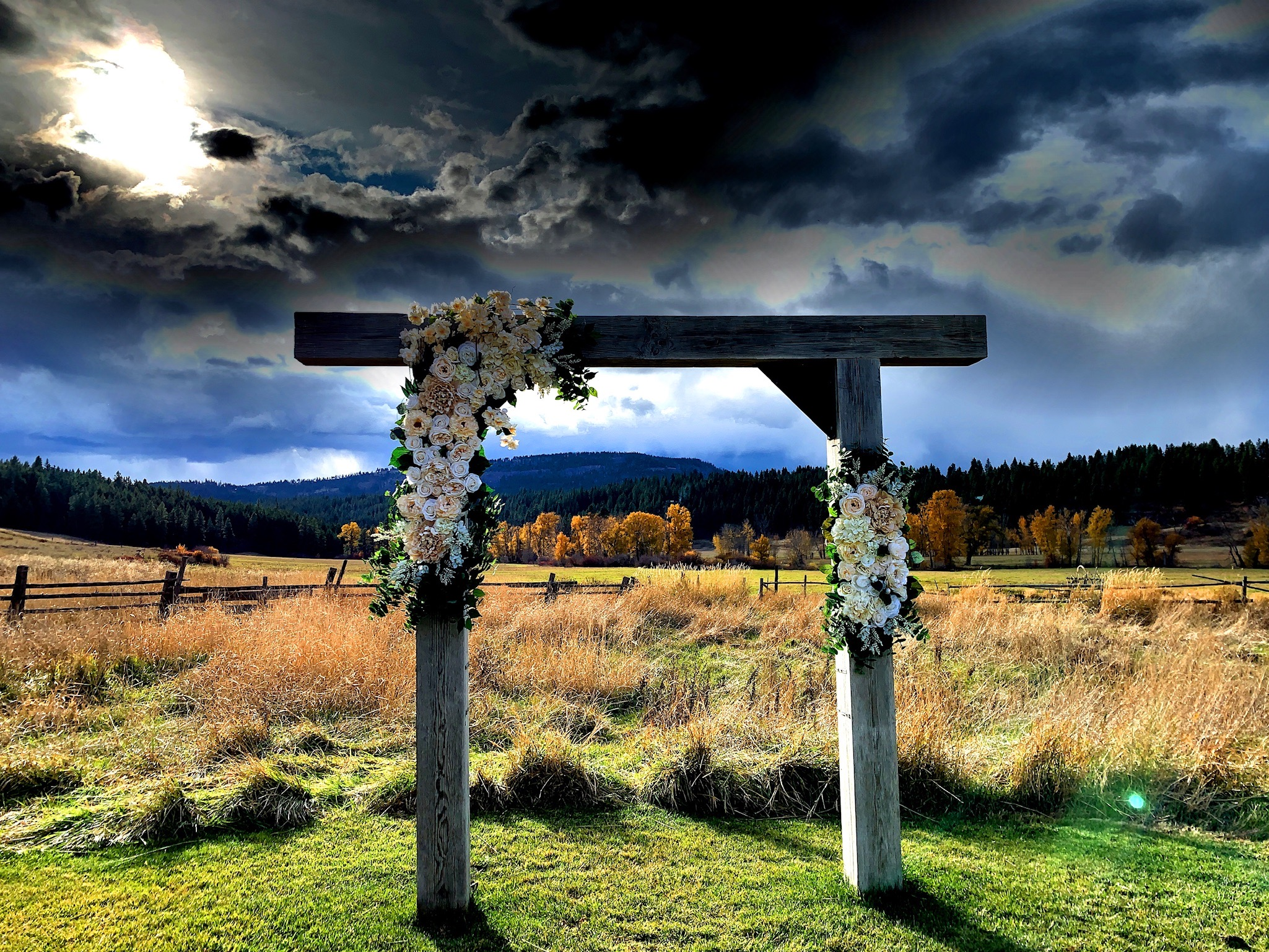 Artifical Wedding Arch Decor