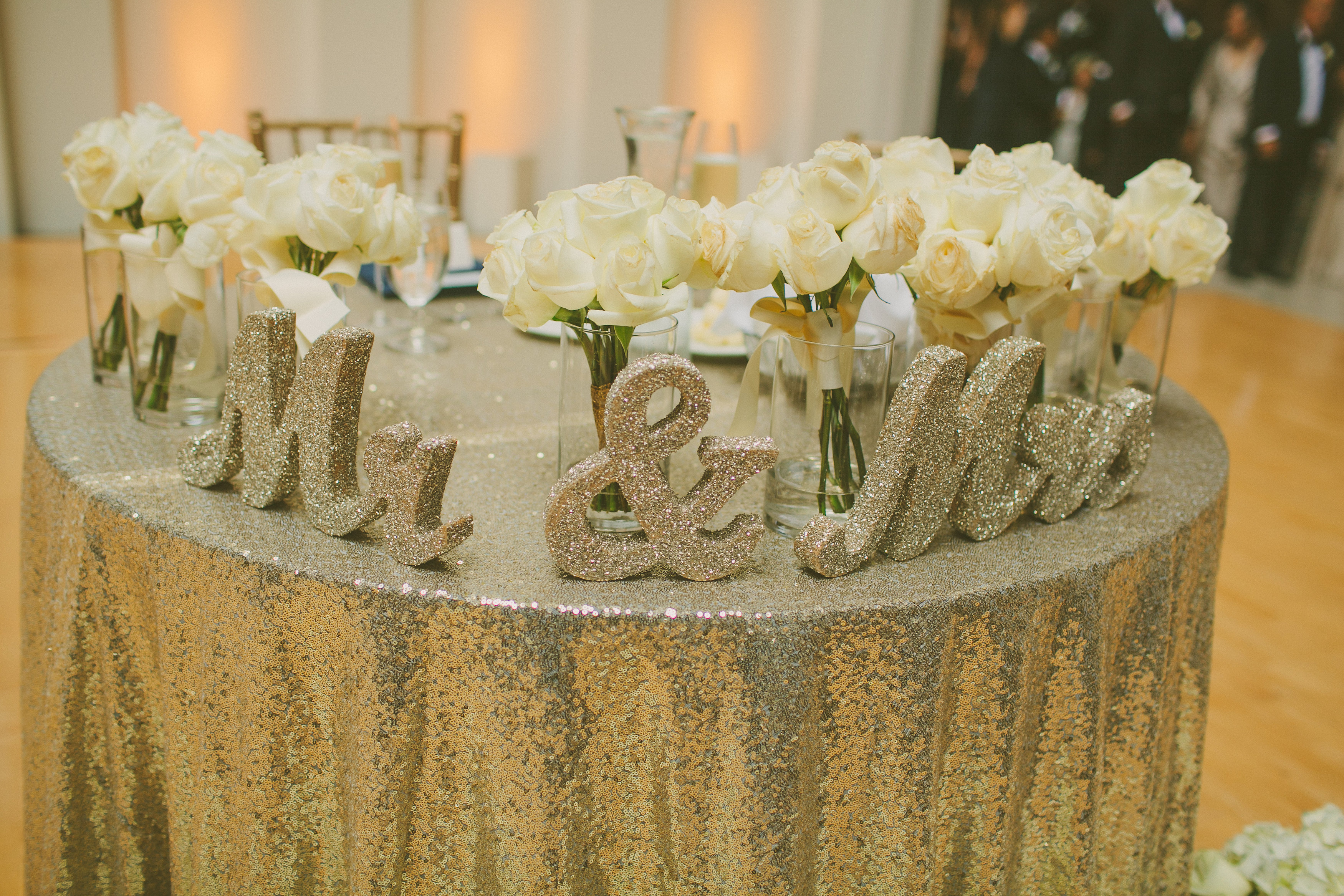 Champagne Sequin Tablecloth (108