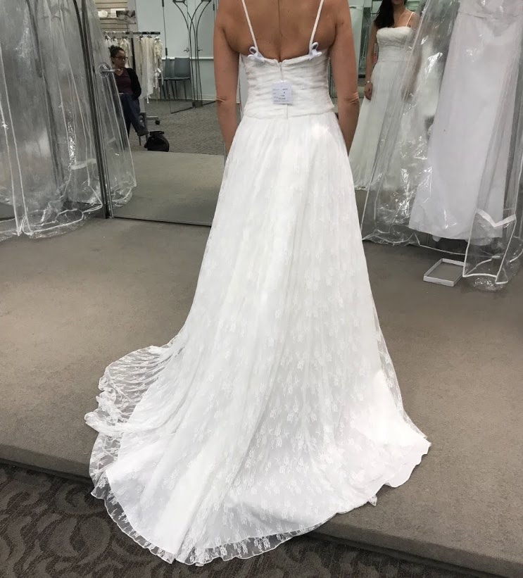 Lace Ivory Straight Wedding Dress
