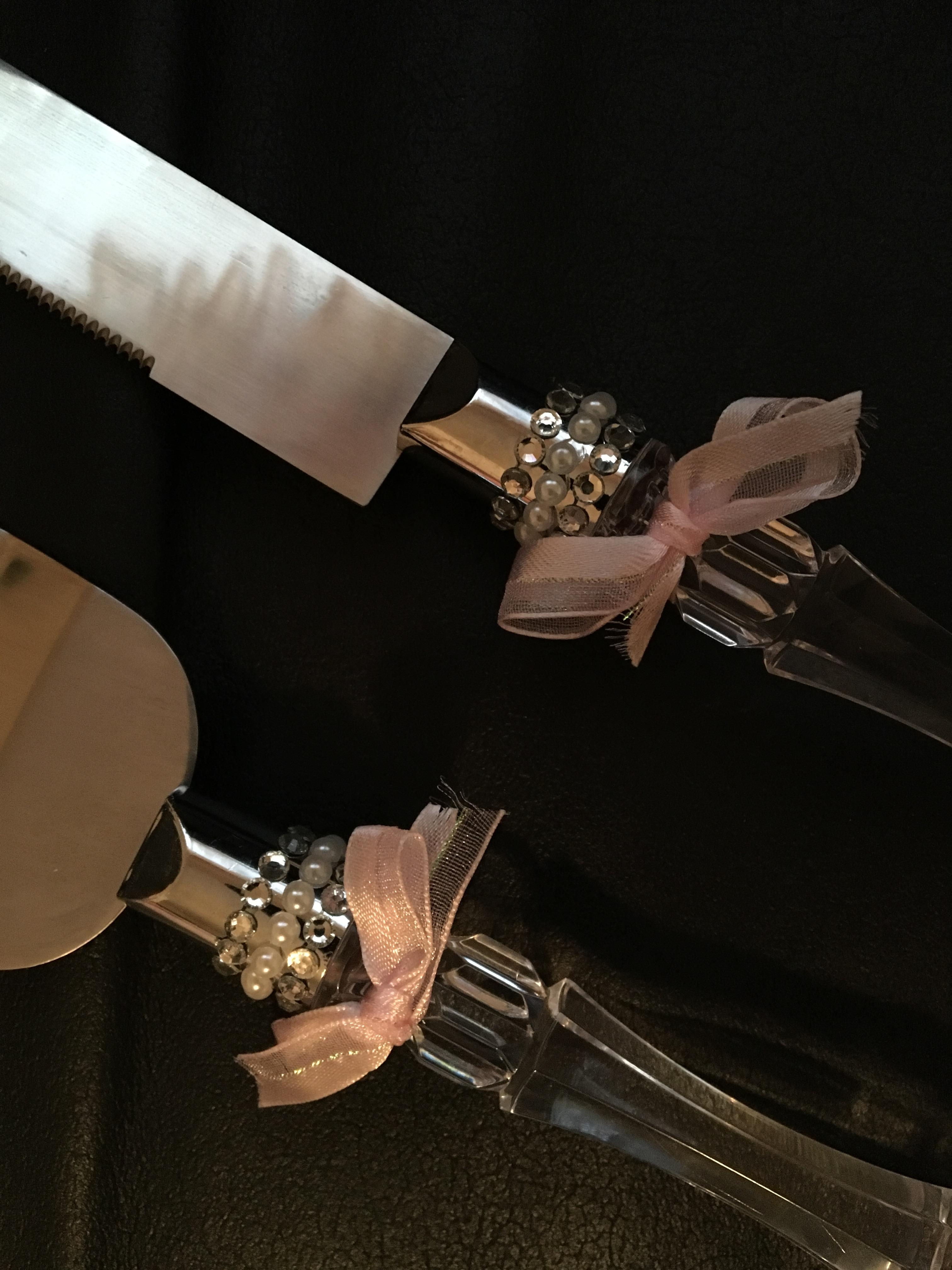 Wedding Cake Knife And Server Set With Blush Pink Bow And Rhinestones
