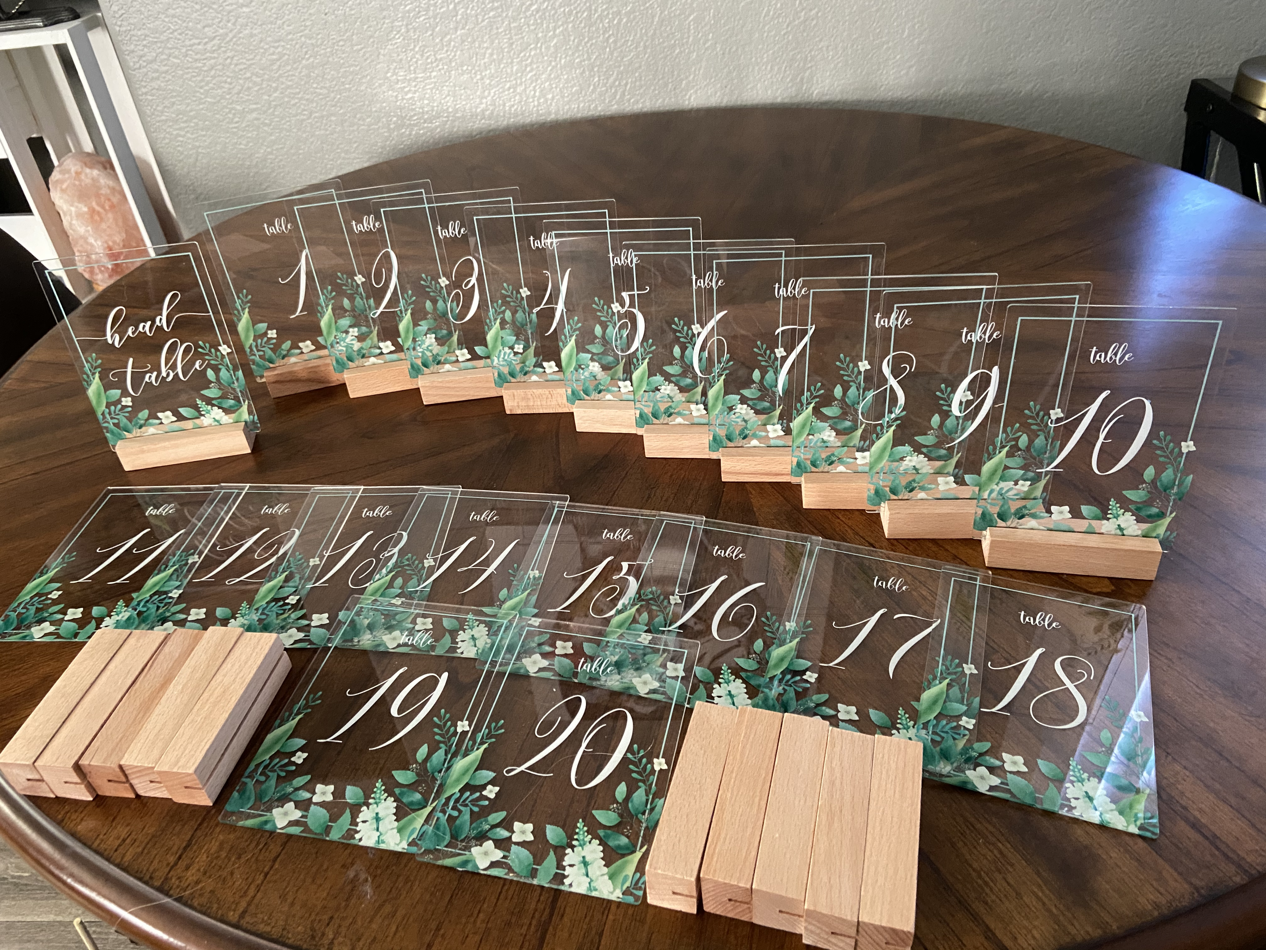 Acrylic Table Numbers 1-20 + Headtable With Stands