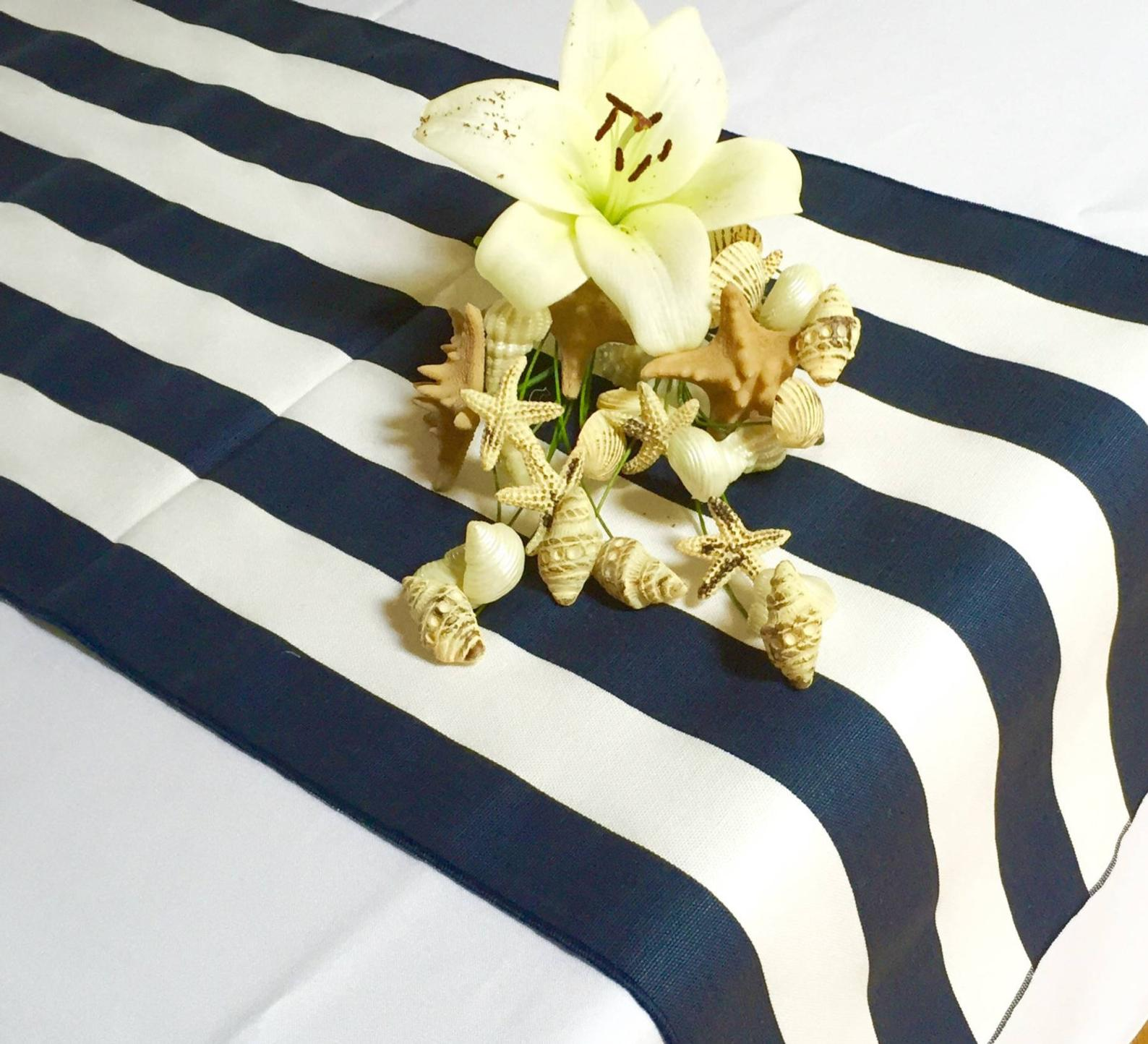 30 Navy And White Table Runners