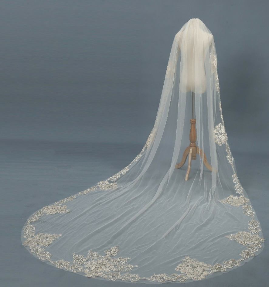 Champagne & Ivory Cathedral Veil