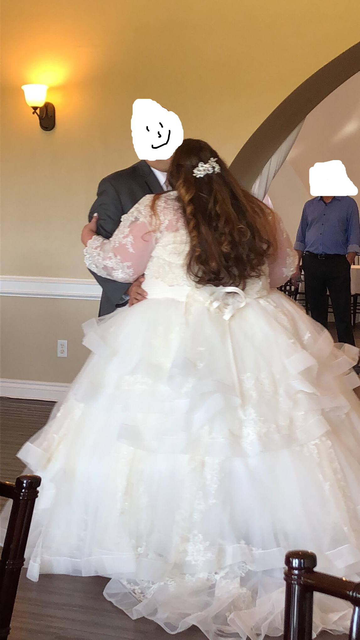Package Deal! Ivory Vera Wang Ballgown With Lace 3/4 Sleeve Jacket, Ivory Veil And Hoop Slip