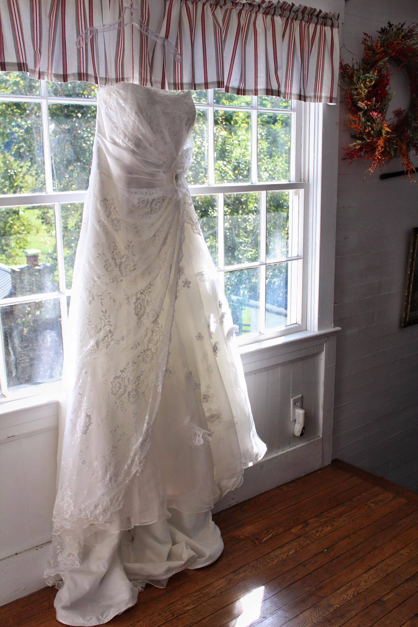 Impressions Bridal Wedding Dress
