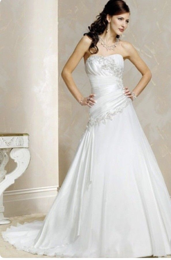 Maggie Sottero Strapless Wedding Gown, Size 6