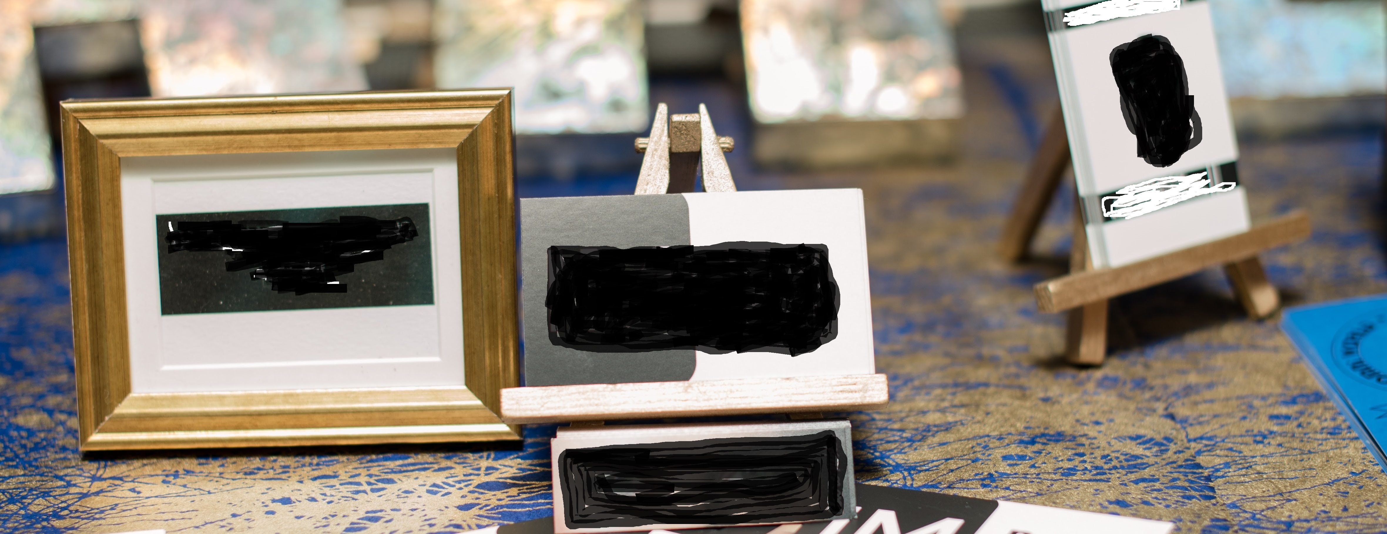 Mini Frames And Easels - Gold